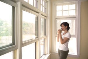 window_replacement_woman