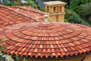 Round roof with clay tile roof